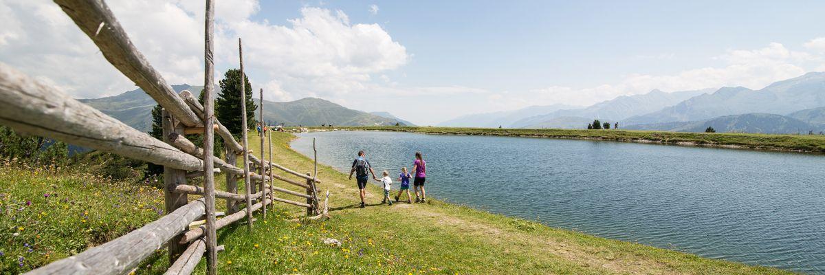 Wanderung rund um einen See